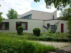 Primus-Truber Haus in der Heinlenstr. 40
